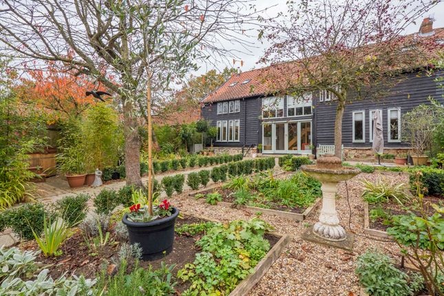 4 bed barn conversion for sale in Whepstead, Bury St Edmunds, Suffolk