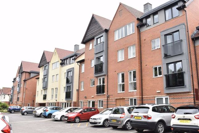 Thumbnail Flat for sale in 56, Brunlees Court, Cambridge Road, Southport