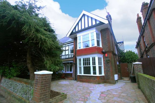 Thumbnail Flat to rent in Shakespeare Road, Worthing, West Sussex