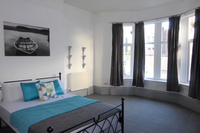 Thumbnail Terraced house to rent in Trinity Street, Huddersfield