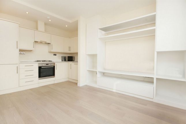 Thumbnail Flat to rent in Horn Lane, London