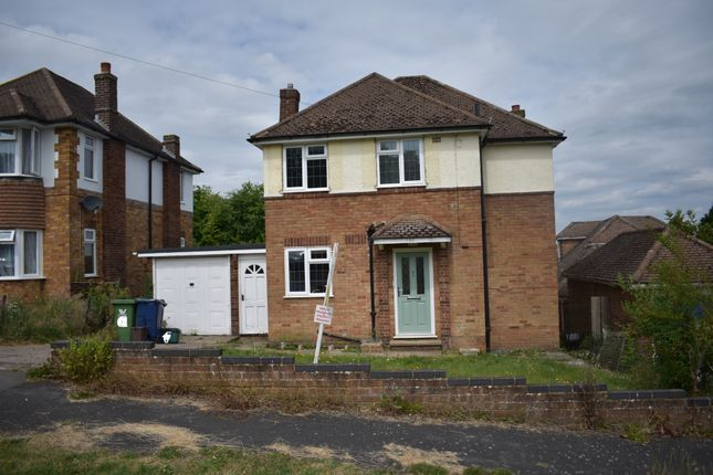 Thumbnail Detached house to rent in Wordsworth Road, High Wycombe