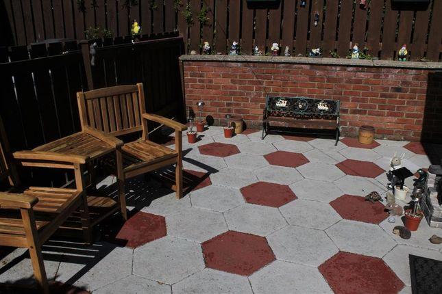 Garden of Roedeer Cottages, Raskelf, York YO61