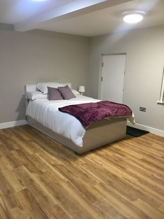 Thumbnail Flat to rent in Grosvenor Street, Chester