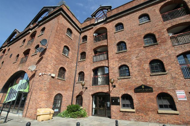Introduction of Middle Warehouse, Castle Quay, Manchester M15