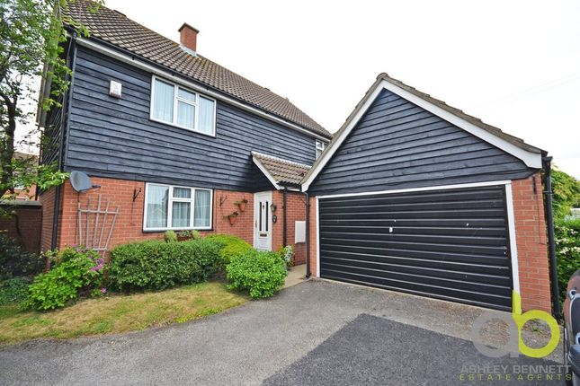 Thumbnail Detached house for sale in Nutberry Close, Grays