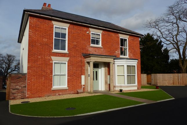 Thumbnail Flat to rent in Hobbs Crescent, Wellington, Telford