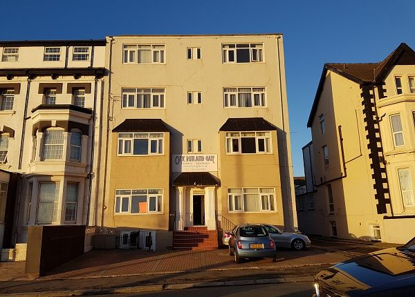 Thumbnail Flat to rent in Rutland Gate, North Shore