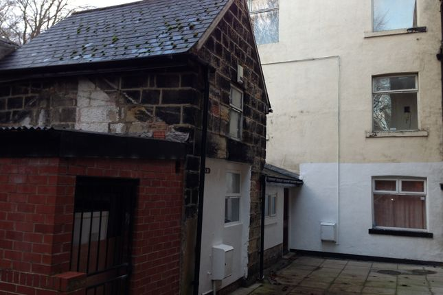 Thumbnail Cottage to rent in North Hill Road, Headingley, Leeds