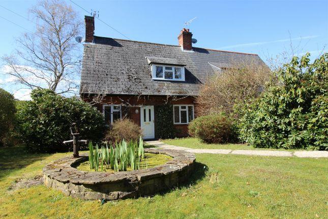 Thumbnail Cottage to rent in Drift Road, Whitehill, Bordon