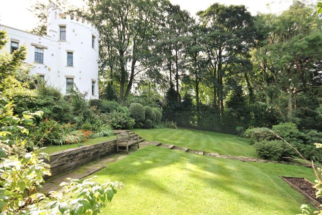 Legh road knutsford wa16 6 bedroom property for sale for Garden design knutsford