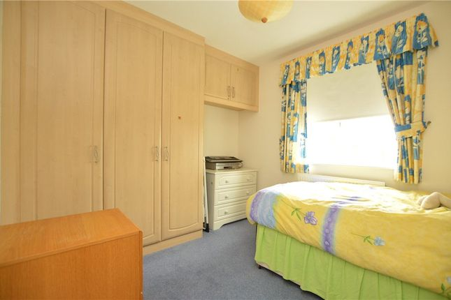Bedroom of Manor Close, Drighlington, Bradford BD11