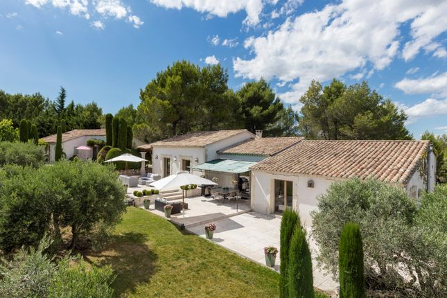 Photo of 13810 Eygalieres, Bouches-Du-Rhône, Provence-Alpes-Côte d`Azur, France, France
