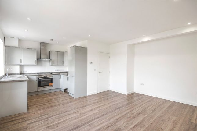 Maisonette for sale in Cumberland Road, Harrow, Middlesex