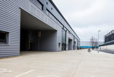 Thumbnail Industrial to let in Spring Park, Hemel Hempstead