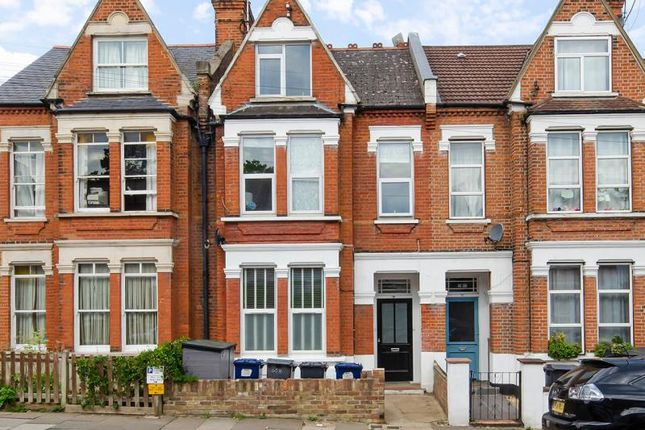 2 bed property for sale in Durham Road, London N2