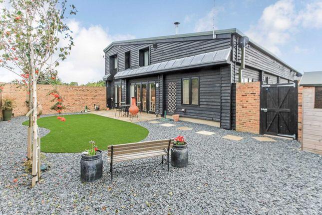 Thumbnail Barn conversion for sale in Ivinghoe Aston, Leighton Buzzard