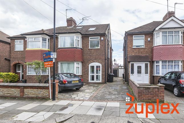 Thumbnail Property for sale in Amberley Road, Enfield