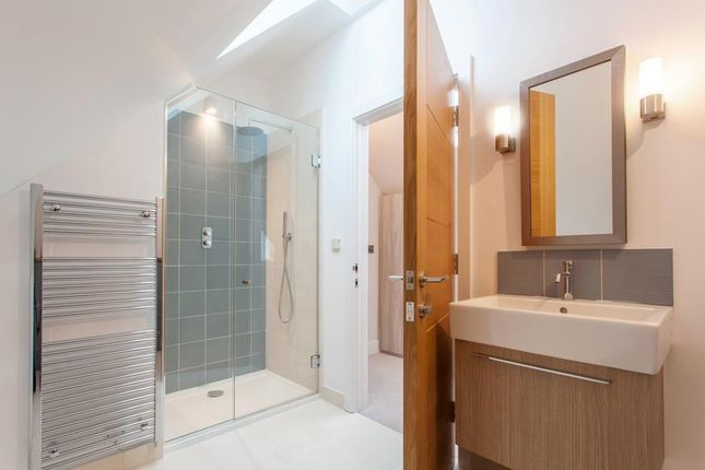 Guest Ensuite of Arundells, Whitehall Lane, Checkendon RG8