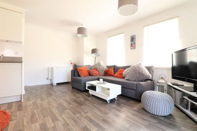 Living Area of Planets Way, Biggleswade SG18