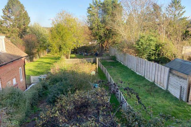 2 bed flat for sale in 11 Saunders Road, Tunbridge Wells, Kent TN4