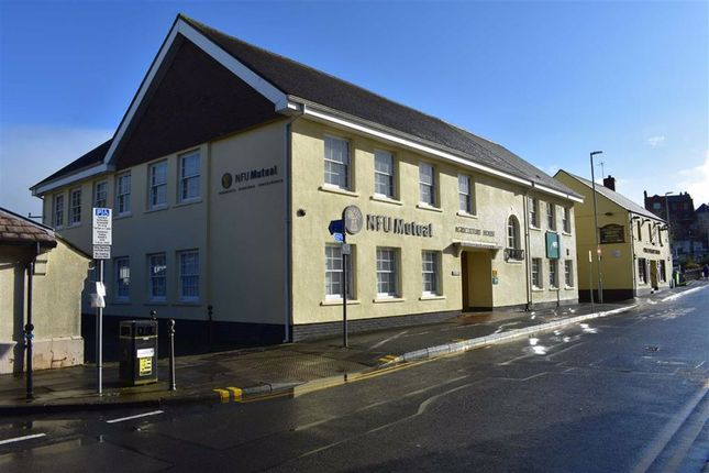 Thumbnail Office to let in Cambrian Place, Carmarthen