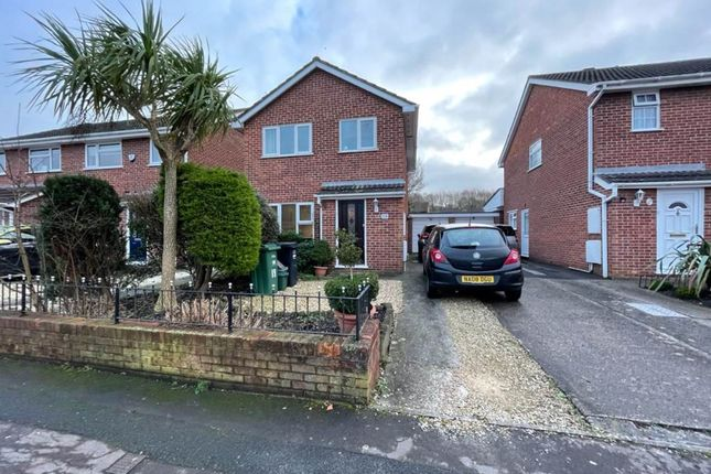 Thumbnail Property to rent in Fallowfield, North Worle, Weston-Super-Mare