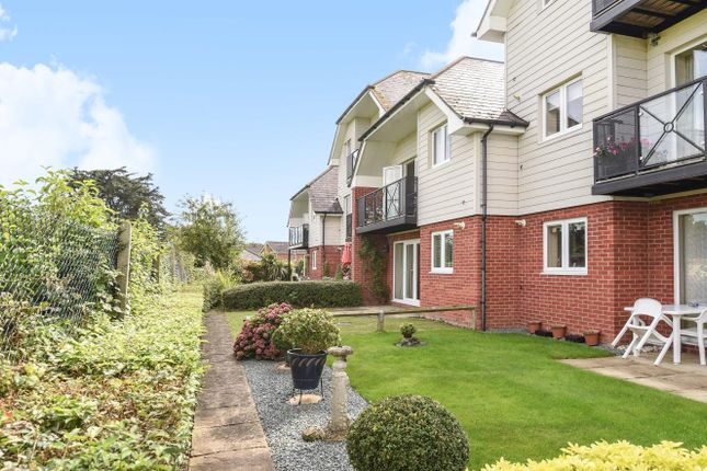 2 bed flat for sale in Broad Oak, Botley, Southampton