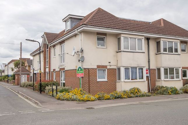 2 bed flat for sale in Kingston Road, Shirley, Southampton SO15