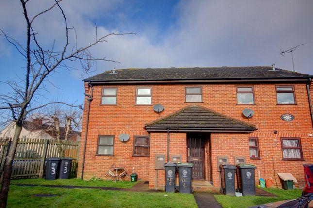 Thumbnail Flat for sale in Hayden Court, Hove Road, Rushden