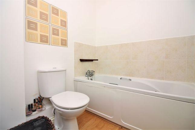 Bathroom of Crowshute, Chard TA20