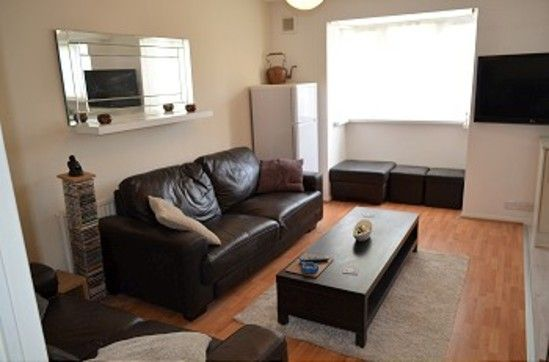 Thumbnail Flat to rent in Isabella Close, London