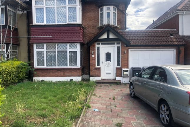 Thumbnail Terraced house to rent in Kingsway, Wembley
