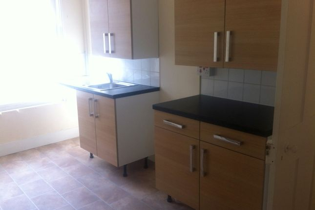 2 bed flat to rent in Guildhall Street, Folkestone
