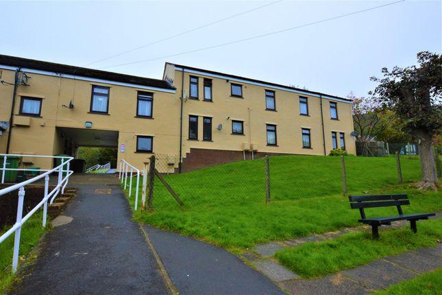 Thumbnail Flat to rent in Jenkins Row, Deri, Bargoed