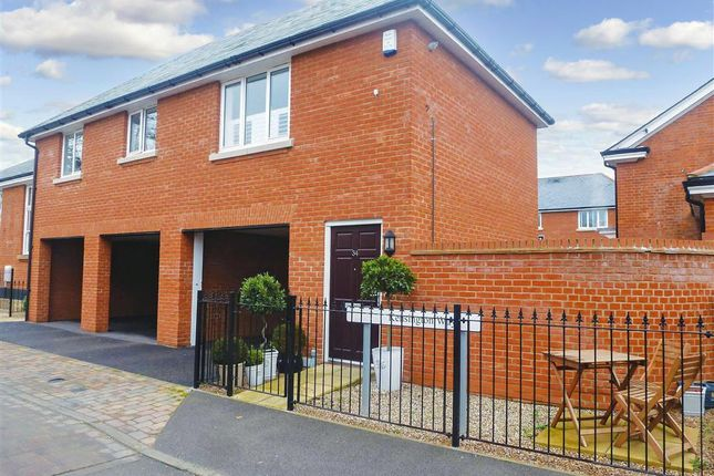 Thumbnail Detached house for sale in Kensington Way, Brentwood, Essex