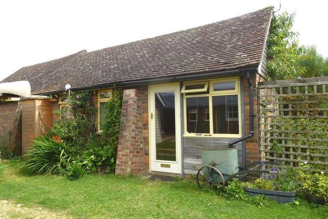 Thumbnail Barn conversion to rent in High Street, Burcott, Leighton Buzzard