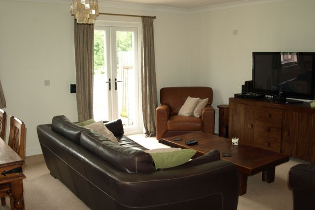 Lounge Area of Lakes View, Royal Wootton Bassett SN4