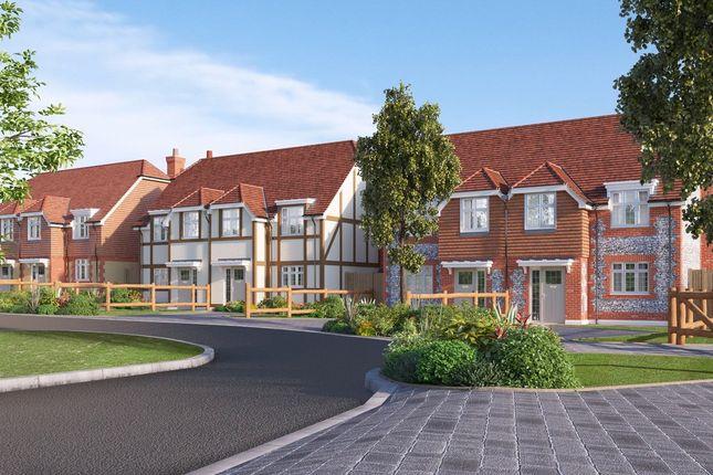 Thumbnail Semi-detached house for sale in Edenbridge Kent