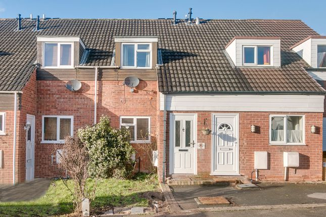 Thumbnail Terraced house for sale in Oldbury Close, Redditch