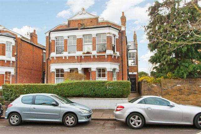 2 bed property for sale in Goldsmith Avenue, Acton, London