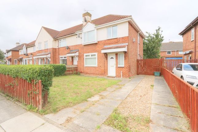 3 bed semi-detached house to rent in Tennyson Avenue, Eston, Middlesbrough TS6