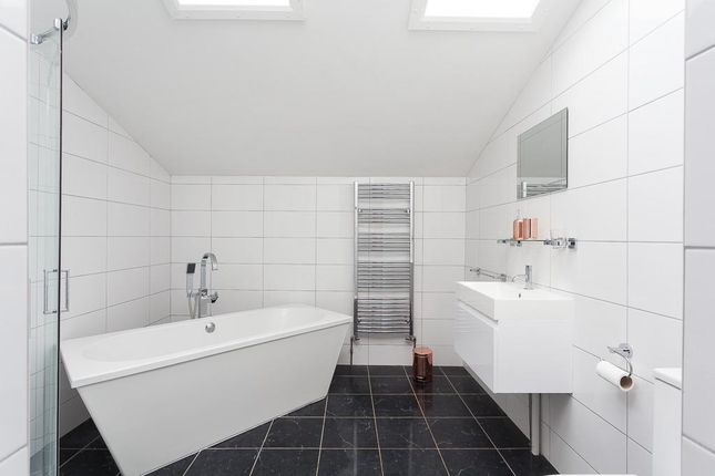 Thumbnail Bungalow for sale in The Valley, Coxheath, Maidstone, Kent