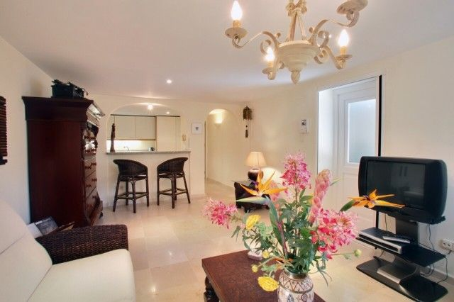 19 Guest Apartment