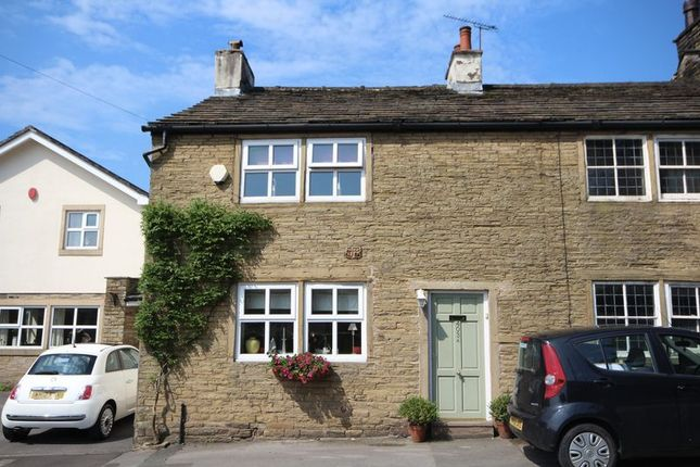 Thumbnail Cottage for sale in Shawclough Road, Shawclough, Rochdale