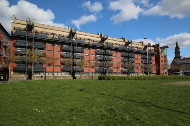 Thumbnail Flat to rent in Clyde Street, Glasgow