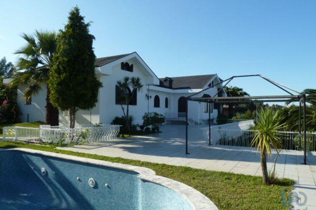 Town house for sale in Oliveira Do Douro, Vila Nova De Gaia, Portugal