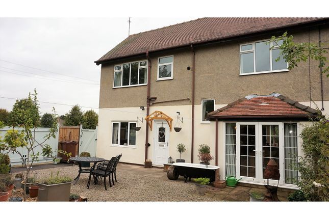 Thumbnail Town house for sale in Barleyfields Court, Wetherby