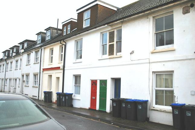 Thumbnail Flat to rent in New Road, Shoreham-By-Sea
