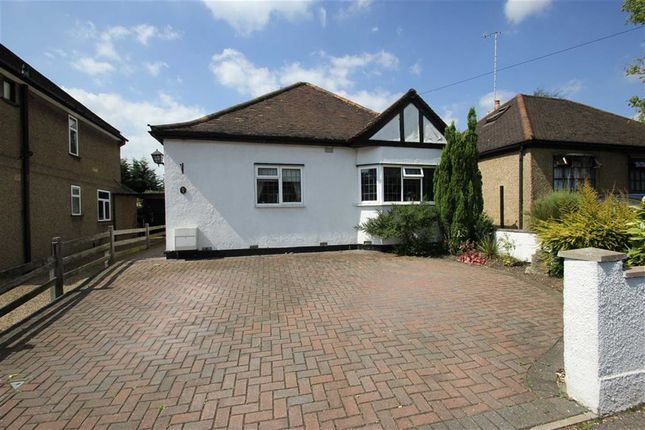 Thumbnail Detached bungalow for sale in Hamilton Road, Hunton Bridge, Kings Langley